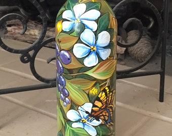 Lighted Wine Bottle. Patio Decor. Home Decor. Gift for Her. Housewarming Gift. Birthday Gift. Butterflies. Summer Home Decor