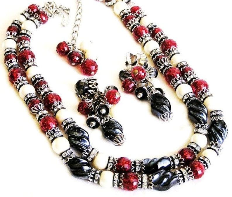 Hobe Red Black Molded Glass Necklace Earring Set image 0