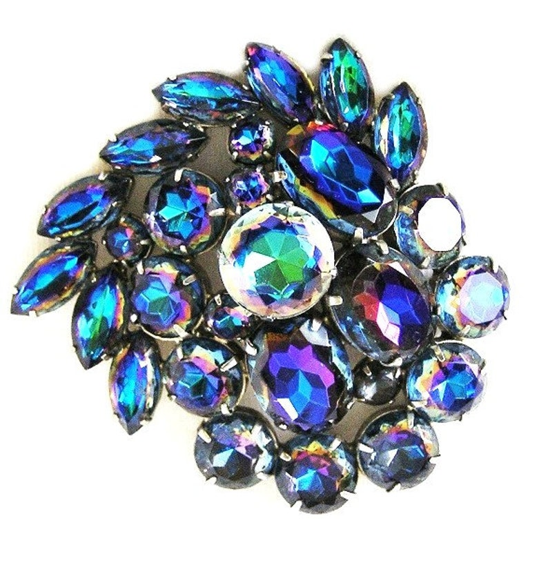 Large Bermuda Blue Brooch Exquisite Colors image 0