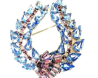 Jay Flex Sterling Blue Wreath Brooch With Amethyst Accents