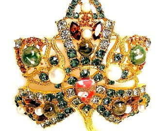 Large Jeweled Art Glass Cabochons Crystal Stones and Synthetic Pearl Brooch Pin