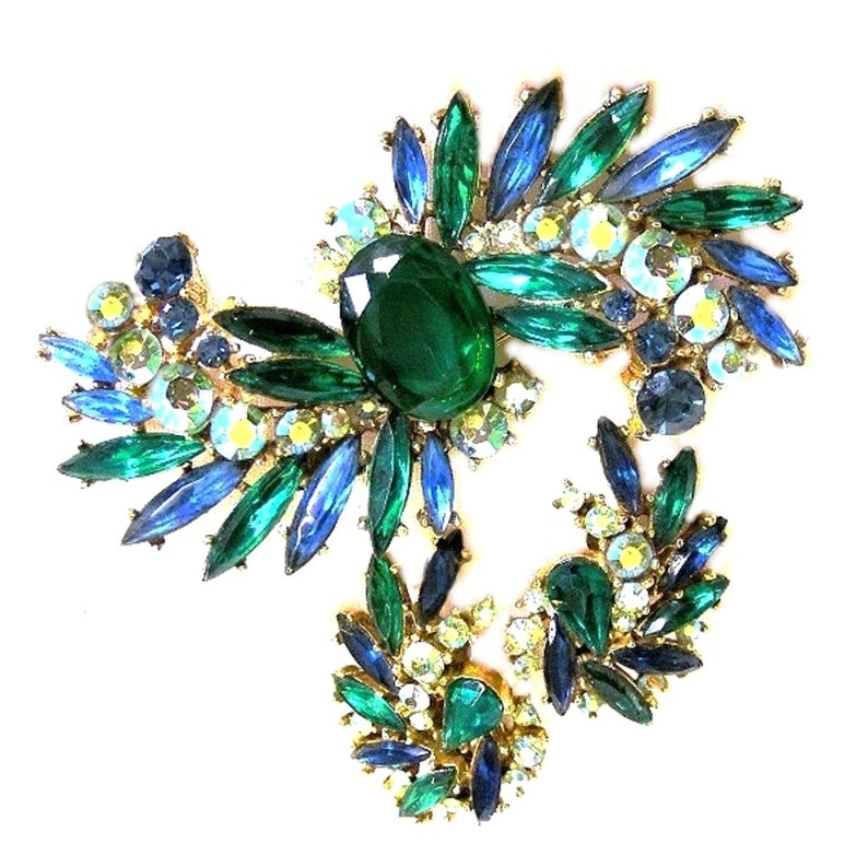 ART Signed Blue Green and Green Aurora Borealis Big Brooch Set image 0
