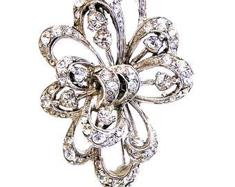 Boucher MB French Phrygian Cap Looping Brooch 1946-47