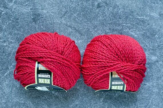 Super Bulky Yarn Yarn for Sale Yarn Polyester Yarn Bulky Yarn Yarn Destash Destash Yarn Vegan Yarn Purple Yarn Fur Pom Pom Yarn Sale