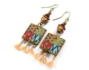 Bohemian Folded Paper and Tassels Chandelier Earrings, Artisan Brass Earrings For Everyday Wear, Dangle Earrings In Red, Cream and Turquoise