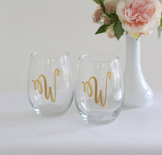 Personalized Stemless Wine Glasses Bridesmaid Gift Maid Of Honor MIL Bridal Party Housewarming Bridal Shower Birthday Present (NYZMHD1011)