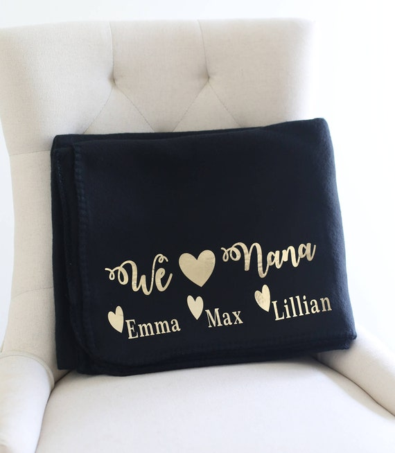 Personalized Gift For Grandma Fleece Blanket Black and Gold Grandchildren Christmas Gift Mothers Day Present (NYZMHD1003)