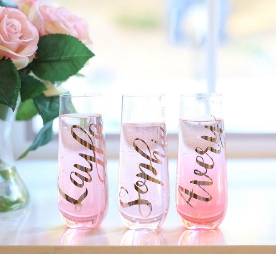 Personalized PLASTIC Champagne Flutes Bridal Shower Glasses Personalized Bridesmaids Gifts Bachelorette Party Glasses Toasting Glasses