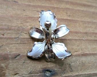 Vintage Figural Orchid Pendant - Silver Tone