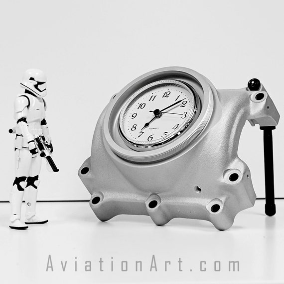 Hawker Beechcraft 1900D 14 Shot Airplane Propeller Hub Desk Aviation Wall Clock