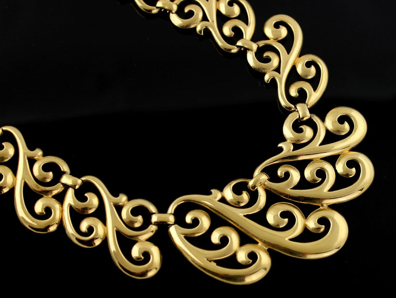 Vintage Napier Necklace  Bold Gold Tone Lace Effect image 0