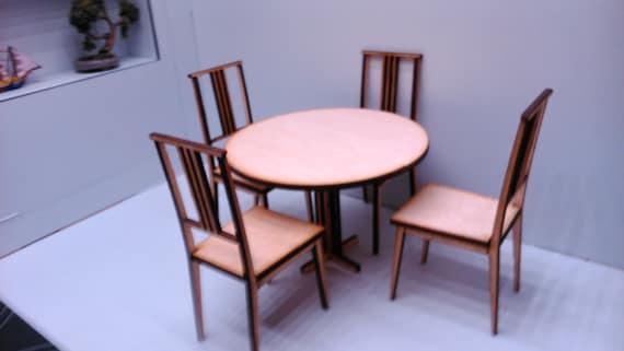 Sedie In Legno Ikea : In miniatura in legno moderno tavolo rotondo con 4 sedie ikea etsy