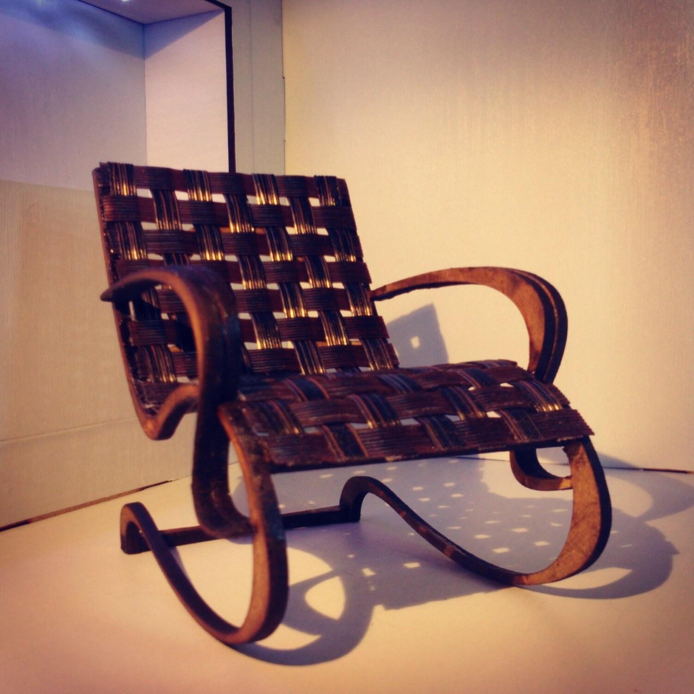 art nouveau style brun et noir fauteuil 1 12 miniatures pour etsy. Black Bedroom Furniture Sets. Home Design Ideas