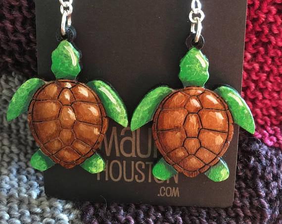 Sea Turtle Earrings that are laser cut and hand painted to gift the illusion of 3D // gifts for her // gifts for marine biologists