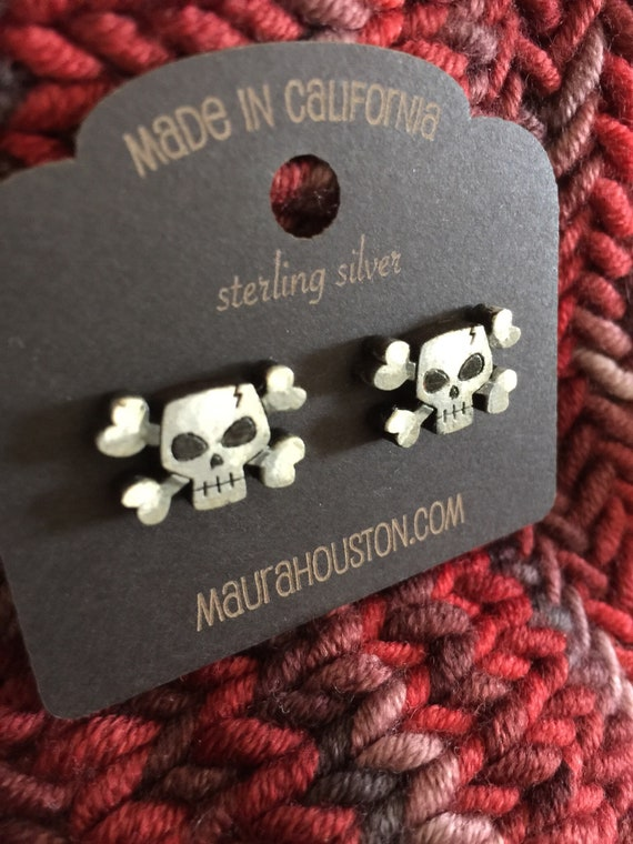 Skull and Crossbones Stud Earrings that are laser cut and hand painted to gift the illusion of 3D // gifts for her // Halloween