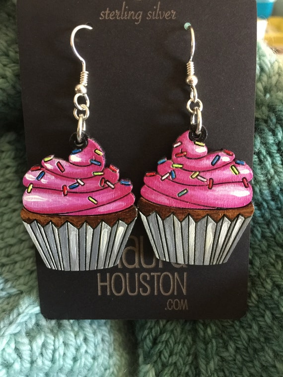Cupcake Earrings that are laser cut and hand painted to gift the illusion of 3D // gifts for her // gifts for bakers