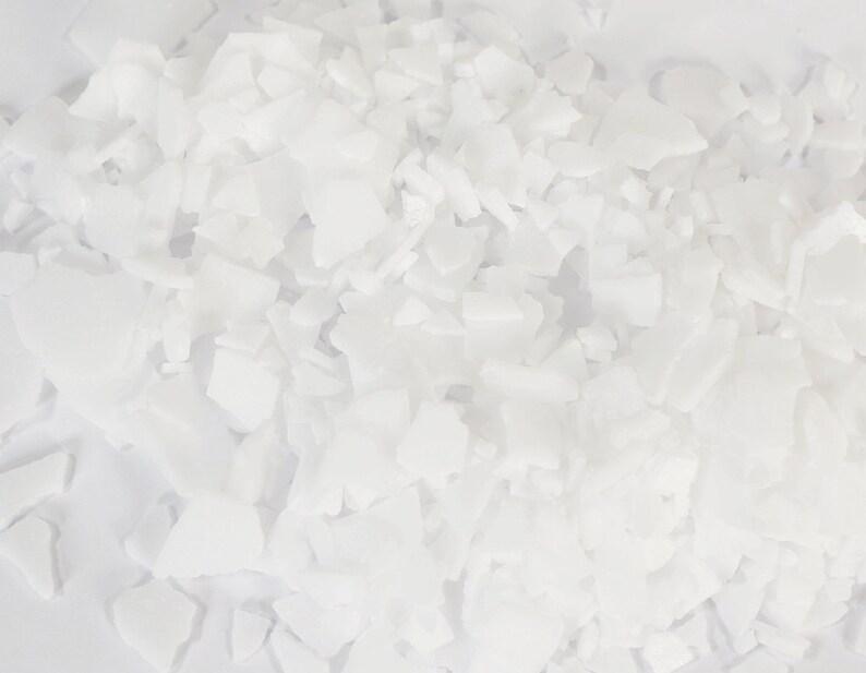 Stearic Acid  32 Oz.     Small granule  Original packaging  image 0