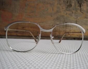 4dbe7089d71 Vintage Silver Eyeglass Frames Silver Simple Stylish