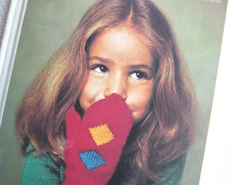 Vintage 1975 Make it Yourself Needlework and Crafts