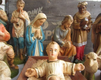 Vintage Nativity Creche 18 Pieces Plaster