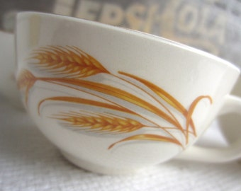 Vintage Homer Laughlin Golden Wheat  Cups made in USA
