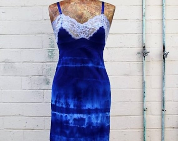 Small Blue Tie Dye Vintage Slip dress/Structured and Fitted Dress/Parisian Summer/Tie Dye Slip/Small Eco/Cobalt Blue Babydoll Dress/Hippie