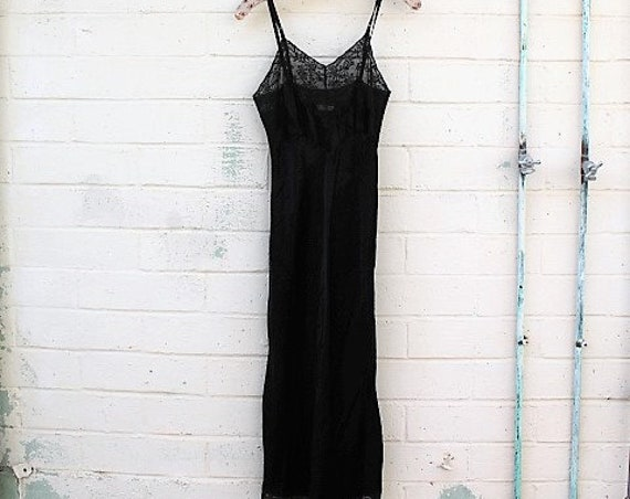 XSmall Little Black Dress/Slip Dress/Black Lace Fairy/Vintage Black slip/Mad Men/Vintage Slip/Gothic Dress/1950 slip/Vintage Lingerie