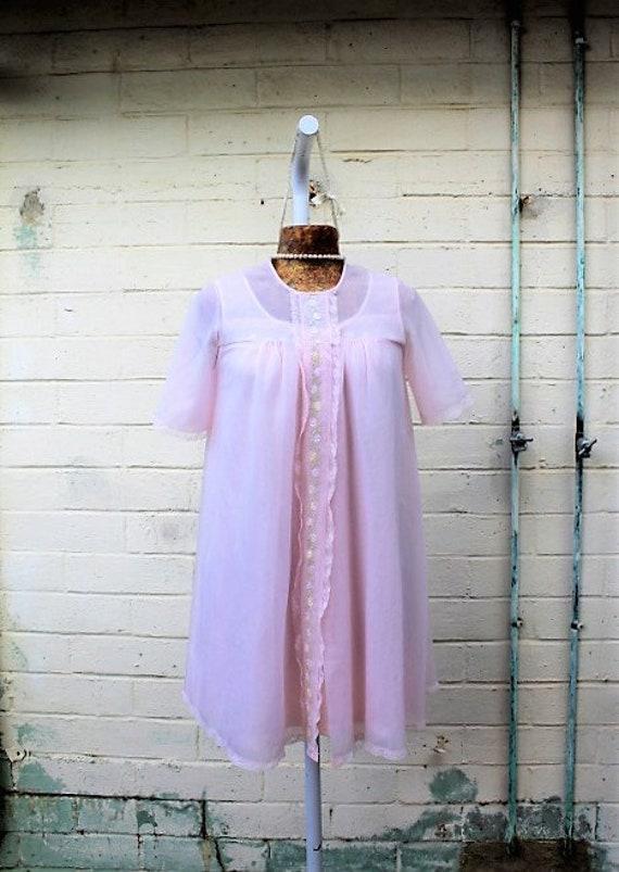 Small Vintage Chiffon Pink Bridal Peignoir Nightgown  8a595af14