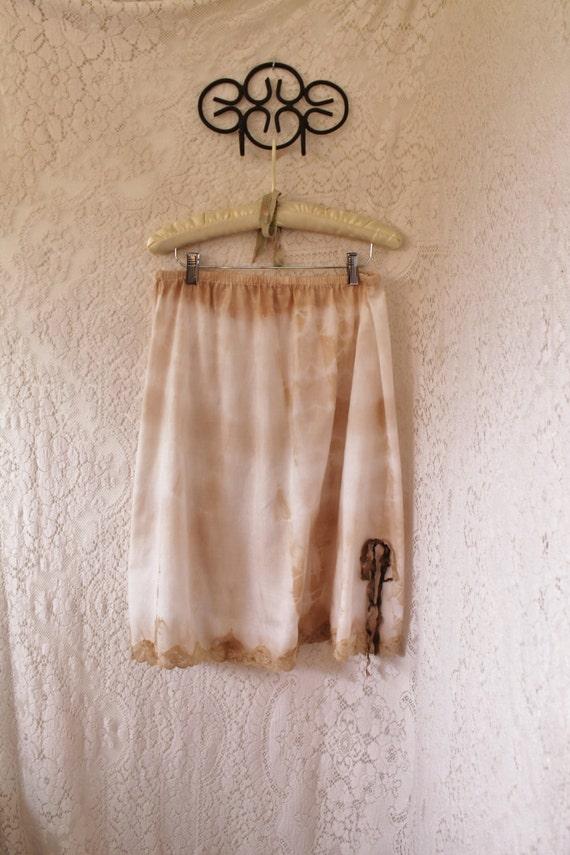 Large Ecru Skirt/Oregon Country Fair/Farmgirl Skirt/Tea stained Dress/Green Earth/Earth Skirt/Grateful Dead/Shabby Chic Clothing/Ecru Skirt