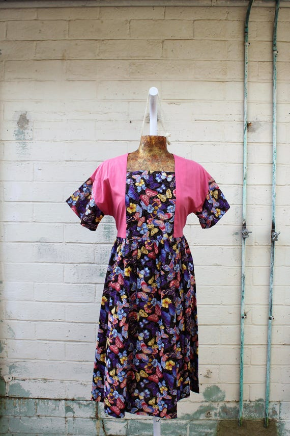 Vintage 1970s Butterlfy Babydoll Dress/Grateful Dead Spinner Dress/Oregon Dress/Green Earth Dress/Earth Day Girl/Butterfly Dress/County Girl