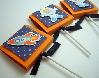 Outerspace Lollipop Party Favors, Orange and Blue, Set of 20