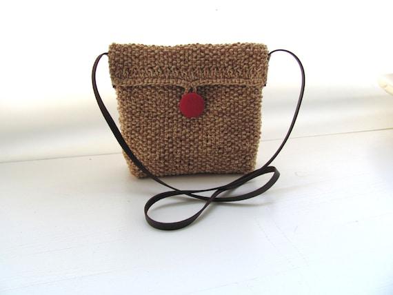 Bouton rouge Sweet HipBag--Cotton-light Brown blanc cassé--Chrsitmas cadeau--moins de 35 USD