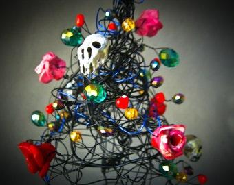 Gothic Skull Tree, Wire Tree, Black Halloween Tree, Halloween Ornament, Halloween decor, Fall Decor, Holiday Ornament, Table decor