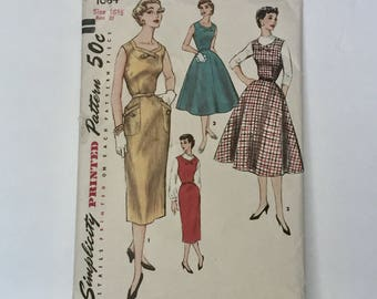Gorgeous Vintage 1950s Sundress Pattern Fitted or Flared - By Simplity 1684 - Size 16 1/2 - Bust 37.5