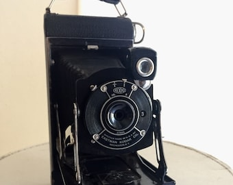 Vintage Eastman Kodak No. 1 Pocket Junior Folding Bellows Camera, takes 120 film with Kudo Shutter
