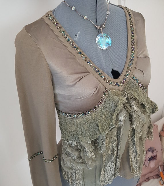 green bohemian blouse, INCREDIBLE forest lace, ruf
