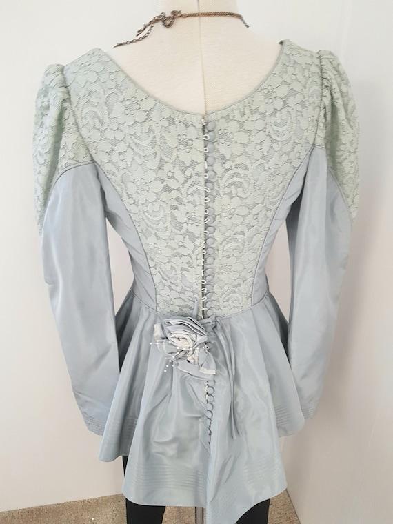 Edwardian style blouse, bridgerton 80s does victor