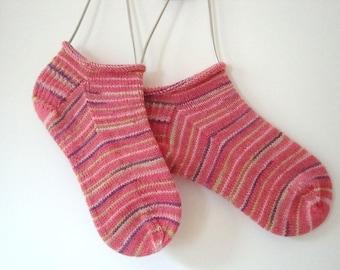 Medium fancy handmade colorful ankle short socks, Sneaker stripped sock, warm knitted sock, funky athletic socks, Womens tennis shoe socks