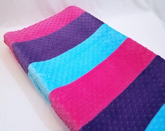 Changing Pad Cover with Stripes