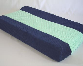 Changing Pad Cover with Vertical Stripe