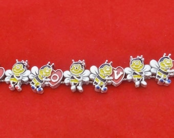 "Adorable Vintage silver tone slide 7.25"" bracelet with enameled bumble bees and LOVE hearts  in unworn condition"