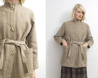 SALE...60s 70s Finnish vintage beige wool coat. belted wool coat with pockets. winter coat - medium