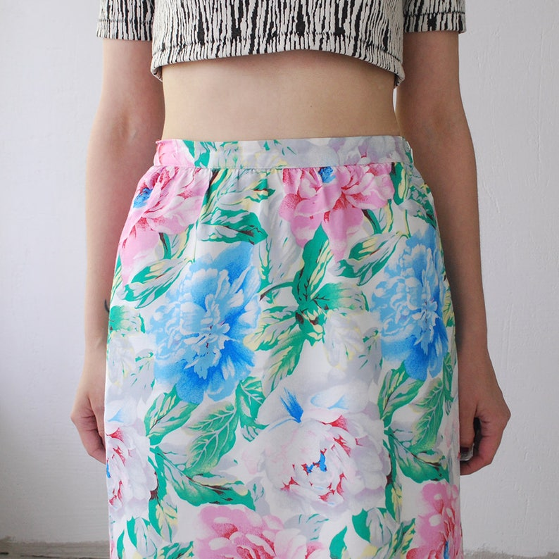medium peony print pencil skirt floral summer skirt 80s pastel floral skirt knee length skirt