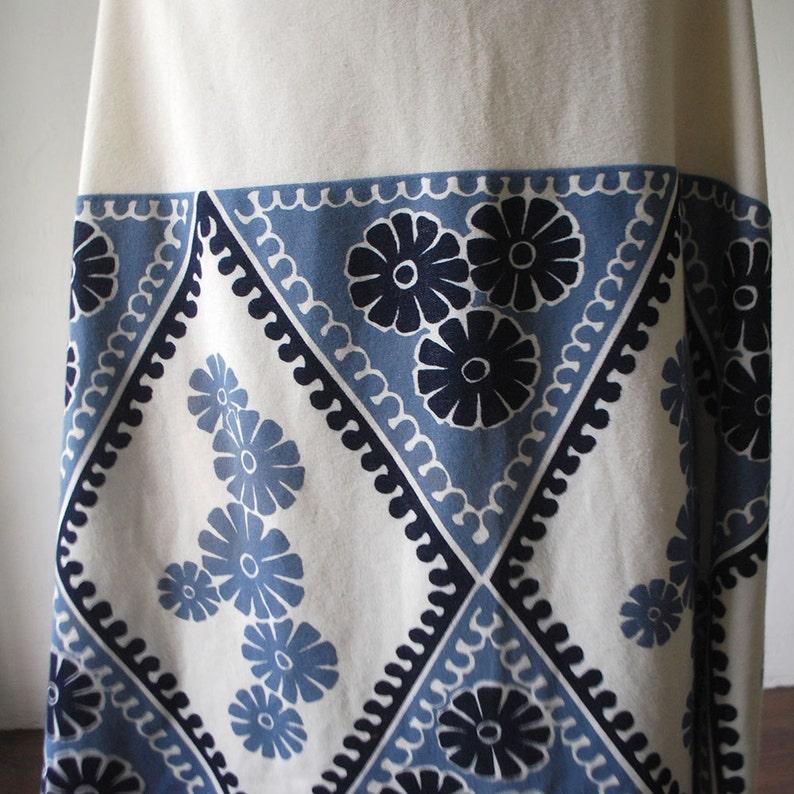 f4f7cd0213423e SALE...70s maxi skirt. psychedelic print skirt. cream white
