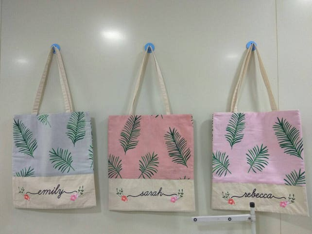 Tropical Tote Bags, Bridesmaids Tote bags, Bridesmaids gifts, Bridal Party gift, Wedding Tote Bags, Monogrammed Tote Bags, Bridesmaids Totes