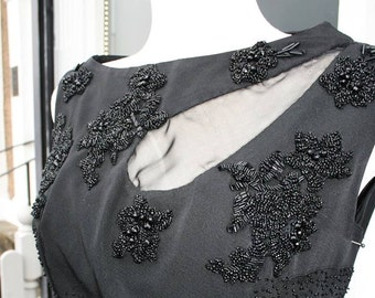 Stunning 1950's Dramatic Beaded Gown M/L