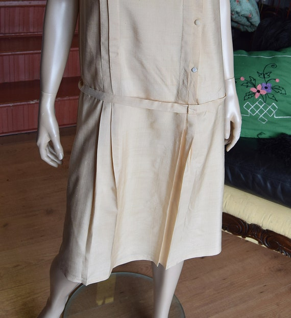 Antique 1920's  Raw Silk Drop Waist Day Dress 34-… - image 7