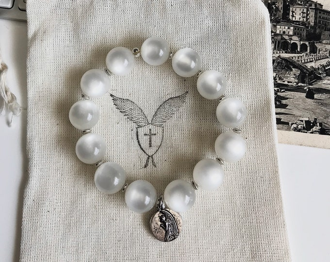 Handmade Women's Boho Vintage Acrylic Moonstone Beads with Angel Medal
