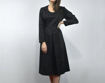 95fbdbd5e1 Black Dress with Sleeves Vintage Womens Clothing 70s Box Pleat Dress -  Medium M