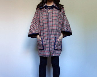 70s Houndstooth Cape Coat Pockets Fall Fashion Red Navy Beige Wool Jacket - One Size Fits Most